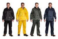 Regenanzug bestehend aus Jacke und Hose mit PVC-Beschichtung